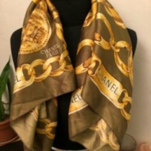 Vintage Chanel Green and Gold Scarf